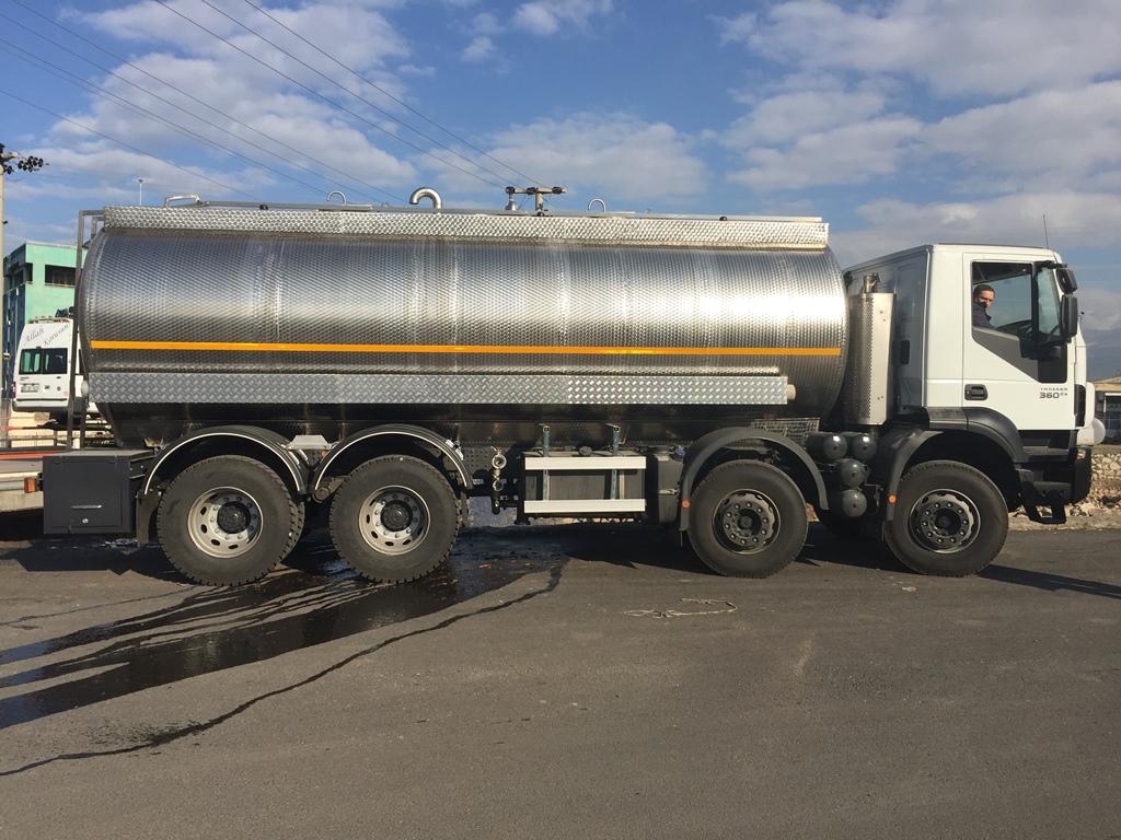 hare-desenli-arac-ustu-krom-tanker-6389-04c860acb7